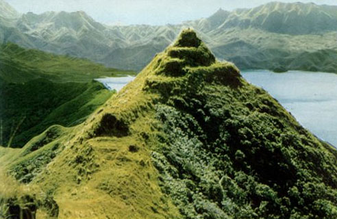 Моронго Ута - крупнейшая крепость в Тихом океане.