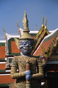 Бангкок. Королевский дворец - демон.