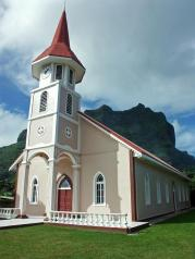 Бора-Бора. Церковь.